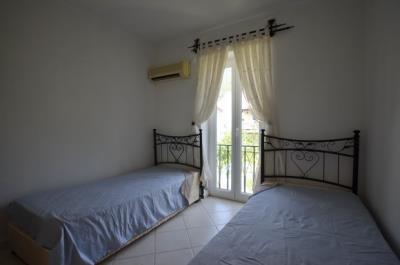 19--bedroom-three-jpgjpg_resize