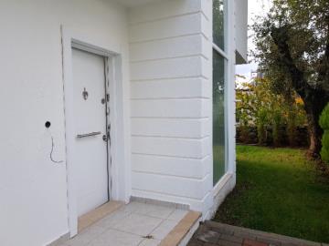 9--rear-entrance-door