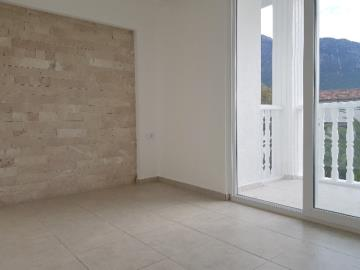 18--example-wall-in-bedroom-two