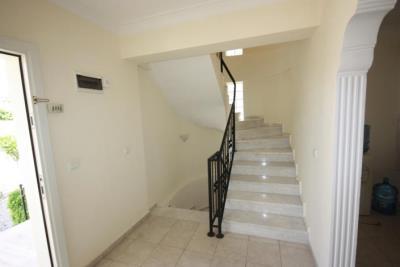 3b--entrance-hallway