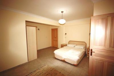 10--bedroom-three