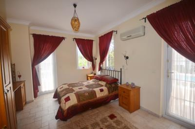25a--bedroom-one_resize
