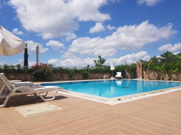 15a--private-pool-
