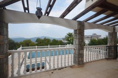 9--lounge-terrace