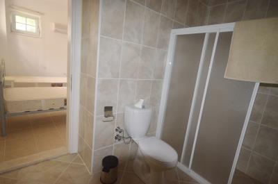 24a--ensuite-to-bedroom-4