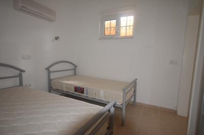 25--lg-bedroom-five