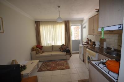 6--lounge-kitchen_resize