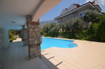 9--terrace-balcony_resize
