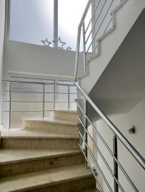 10--marble-stair