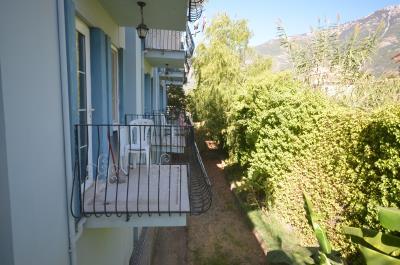 11--2-x-balconies