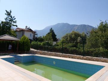 pool-and-mountain-view