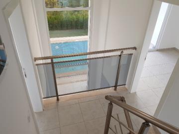 9--gallery-balcony