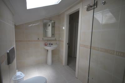 12a--bathroom