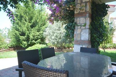 8--balcony-terrace-and-garden
