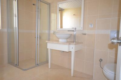 18a--ensuite-one