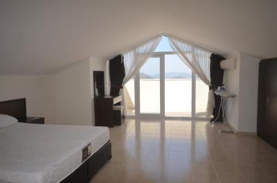 23--master-bedroom