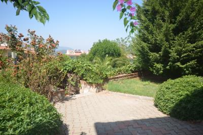 28--gardens
