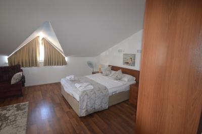 22--bedroom-three