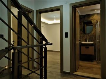 9--first-floor-hallway