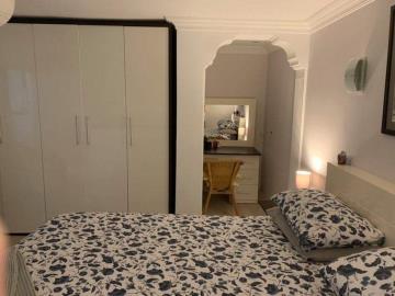 13--apartment-bedroom