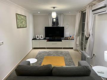 15--apartment-lounge