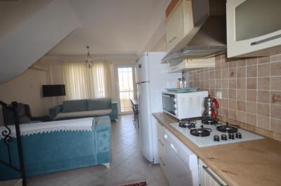 6a--kitchen-open-plan-to-lounge_resize