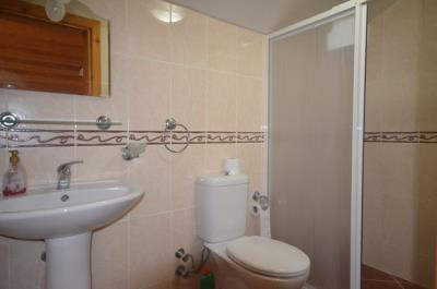6--ensuite-to-bedroom-five_resize