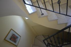 Image No.27-5 Bed Townhouse for sale