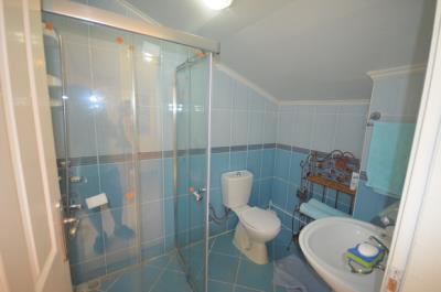 13--bathroom-two_resize