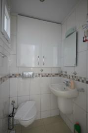 5--downstairs-wc_resize