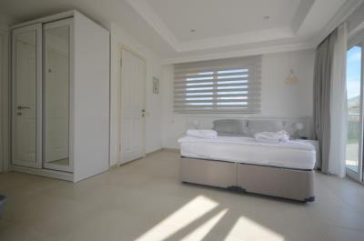 6a--bedroom-one_resize