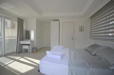 6b--bedroom-one_resize