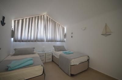 13--bedroom-three-second-floor_resize