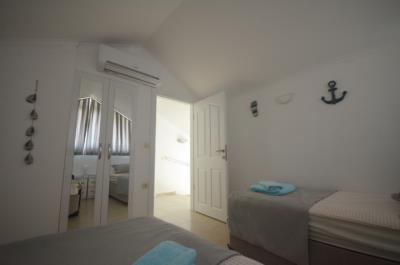 13a--bedroom-three_resize