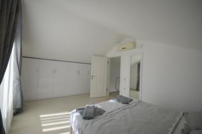 15--bedroom-four-second-floor_resize