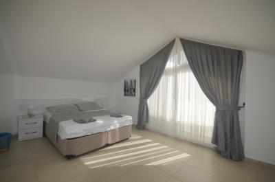 15b--bedroom-four_resize