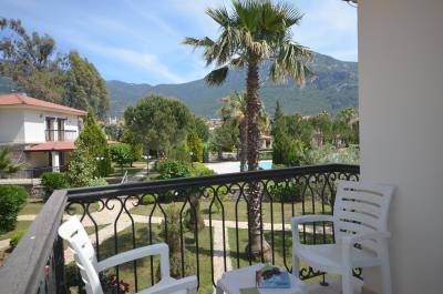 6--balcony-view