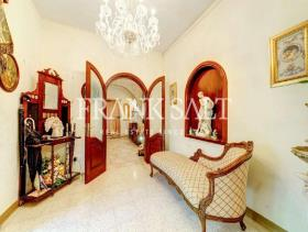 Image No.7-4 Bed Villa for sale
