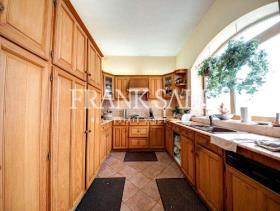 Image No.1-Villa de 3 chambres à vendre à Ta Xbiex