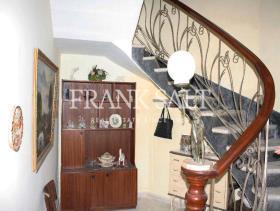 Image No.5-Maison de ville de 3 chambres à vendre à Zejtun