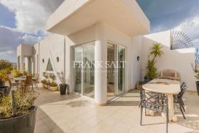 Image No.1-Penthouse de 3 chambres à vendre à Sliema