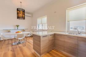Image No.13-Penthouse de 3 chambres à vendre à Sliema
