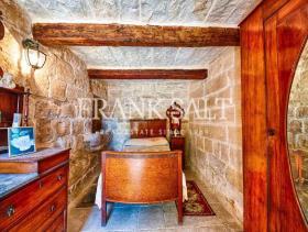 Image No.10-Ferme de 5 chambres à vendre à Birzebbuga