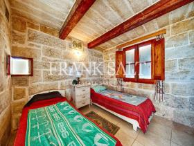 Image No.11-Ferme de 5 chambres à vendre à Birzebbuga
