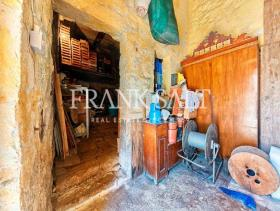 Image No.16-Ferme de 5 chambres à vendre à Birzebbuga