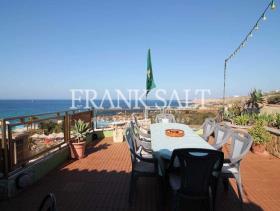 Image No.1-Penthouse de 3 chambres à vendre à Bahar ic-Caghaq
