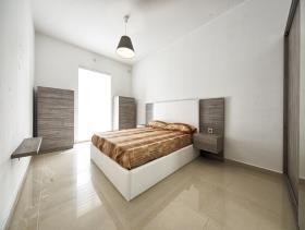 Birguma, Apartment