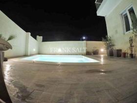 Bahar ic-Caghaq, Villa / Detached
