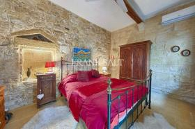 Image No.8-3 Bed Farmhouse for sale