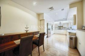 Image No.3-Maison de ville de 3 chambres à vendre à Sliema